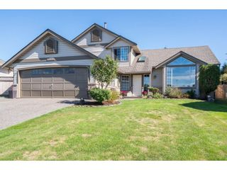 """Photo 1: 6132 185A Street in Surrey: Cloverdale BC House for sale in """"Eagle Crest"""" (Cloverdale)  : MLS®# R2204506"""
