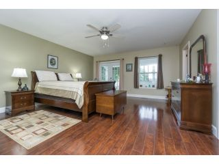 """Photo 13: 18076 58TH Avenue in Surrey: Cloverdale BC House for sale in """"CLOVERDALE"""" (Cloverdale)  : MLS®# F1440680"""