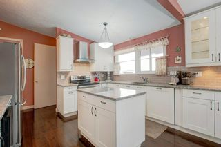 Photo 13: 6207 Lloyd Crescent SW in Calgary: Lakeview Detached for sale : MLS®# A1144940
