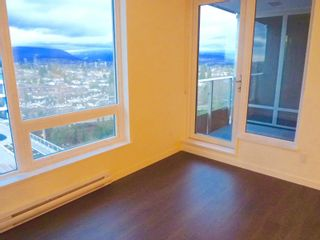 """Photo 6: 1803 5665 BOUNDARY Road in Vancouver: Collingwood VE Condo for sale in """"Wall Centre"""" (Vancouver East)  : MLS®# R2625088"""