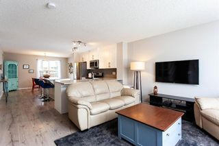 Photo 5: 382 Legacy Village Way SE in Calgary: Legacy Row/Townhouse for sale : MLS®# A1071206