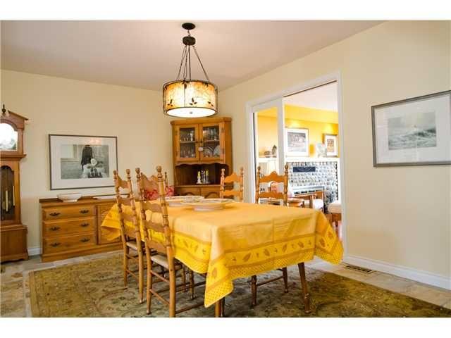 "Photo 10: Photos: 1558 BEACH GROVE Road in Tsawwassen: Beach Grove House for sale in ""BEACH GROVE"" : MLS®# V1085615"