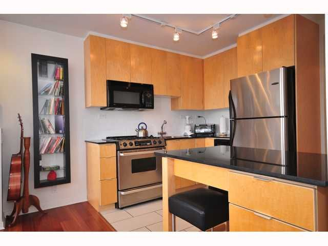 "Main Photo: 1704 989 BEATTY Street in Vancouver: Downtown VW Condo for sale in ""NOVA"" (Vancouver West)  : MLS®# V815922"