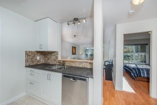 """Photo 6: 106 5281 OAKMOUNT Crescent in Burnaby: Oaklands Condo for sale in """"THE LEGENDS"""" (Burnaby South)  : MLS®# R2340028"""