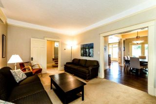 Photo 4: 737 W 26 Avenue in Vancouver: Cambie House for sale (Vancouver West)  : MLS®# R2364784