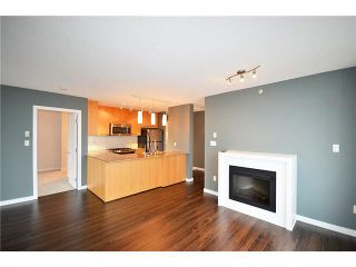 "Photo 3: 1007 2979 GLEN Drive in Coquitlam: North Coquitlam Condo for sale in ""ALTAMONTE BY BOSA"" : MLS®# R2018138"