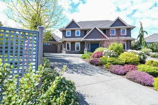 Photo 1: 3361 York Pl in : CV Crown Isle House for sale (Comox Valley)  : MLS®# 875015