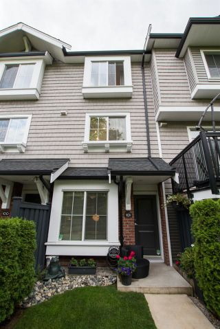 "Photo 4: 101 14833 61 Avenue in Surrey: Sullivan Station Townhouse for sale in ""ASHBURY HILL"" : MLS®# R2483129"