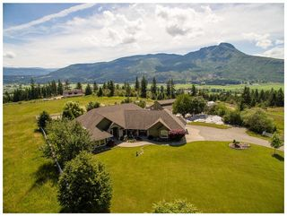 Photo 3: 1 6500 Southwest 15 Avenue in Salmon Arm: Panorama Ranch House for sale (SW Salmon Arm)  : MLS®# 10134549