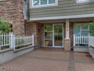"""Photo 2: 307 988 W 54TH Avenue in Vancouver: South Cambie Condo for sale in """"HAWTHORNE VILLA"""" (Vancouver West)  : MLS®# R2284275"""