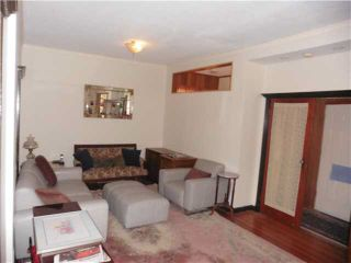 Photo 2: 4893 QUEBEC STREET in Vancouver: Main House for sale (Vancouver East)  : MLS®# R2012917