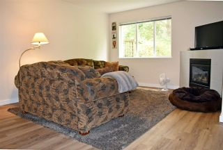 Photo 3: 46 735 PARK Road in Gibsons: Gibsons & Area Townhouse for sale (Sunshine Coast)  : MLS®# R2497875