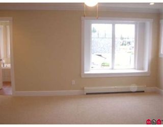 """Photo 6: 21167 83B Street in Langley: Willoughby Heights House for sale in """"Yorkson"""" : MLS®# F2828317"""