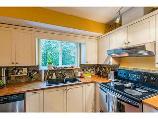"""Photo 11: 1 9900 VALLEY Drive in Squamish: Valleycliffe Townhouse for sale in """"LINCON GARDENS"""" : MLS®# V1141731"""