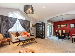 Photo 2: 973 Jenkins Ave in VICTORIA: La Langford Proper House for sale (Langford)  : MLS®# 730721