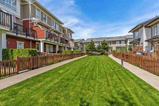 """Photo 20: 118 19505 68A Avenue in Surrey: Clayton Townhouse for sale in """"Clayton Rise"""" (Cloverdale)  : MLS®# R2437952"""