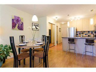 Photo 6: 908 819 HAMILTON Street in Vancouver: Downtown VW Condo for sale (Vancouver West)  : MLS®# V974906