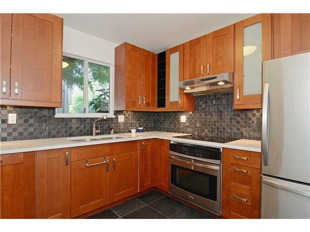 """Main Photo: 43 900 W 17TH Street in North Vancouver: Hamilton Townhouse for sale in """"FOXWOOD HILLS"""" : MLS®# V971777"""
