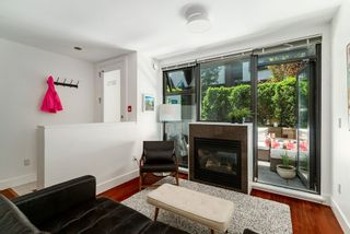 Photo 14: 3673 COMMERCIAL STREET in Vancouver: Victoria VE Townhouse for sale (Vancouver East)  : MLS®# R2375971