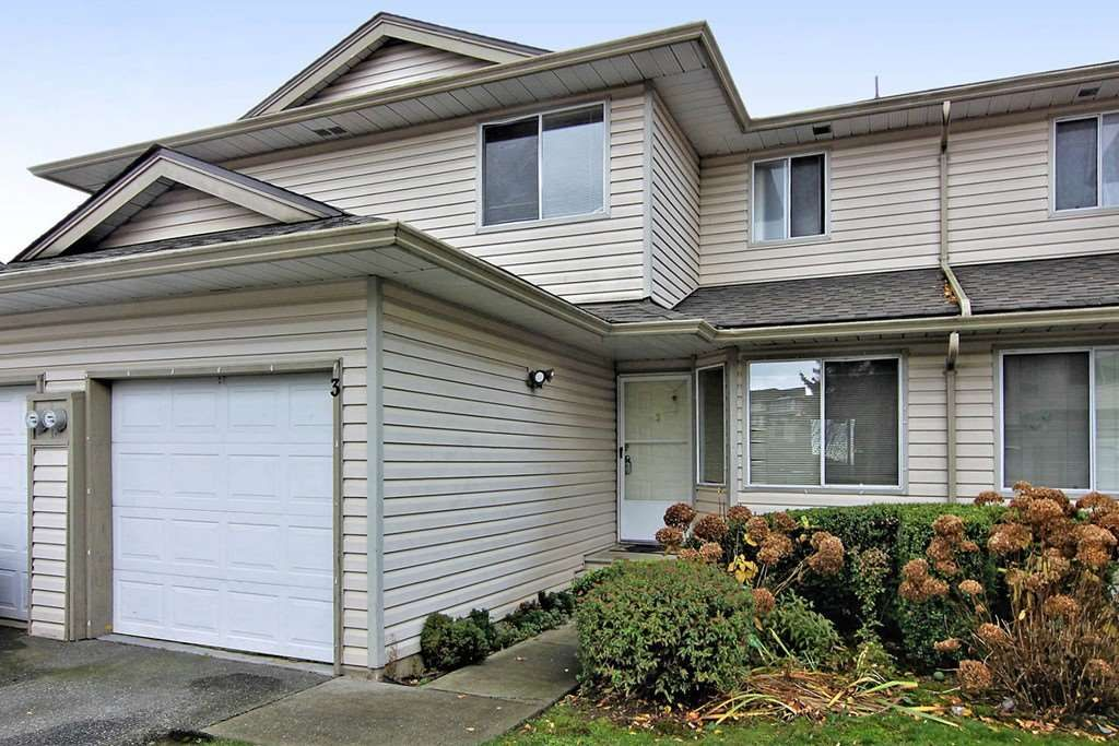 """Main Photo: 3 3070 TOWNLINE Road in Abbotsford: Abbotsford West Townhouse for sale in """"Westfield Place"""" : MLS®# R2358282"""