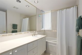 "Photo 11: 905 5775 HAMPTON Place in Vancouver: University VW Condo for sale in ""The Chatham"" (Vancouver West)  : MLS®# R2433107"