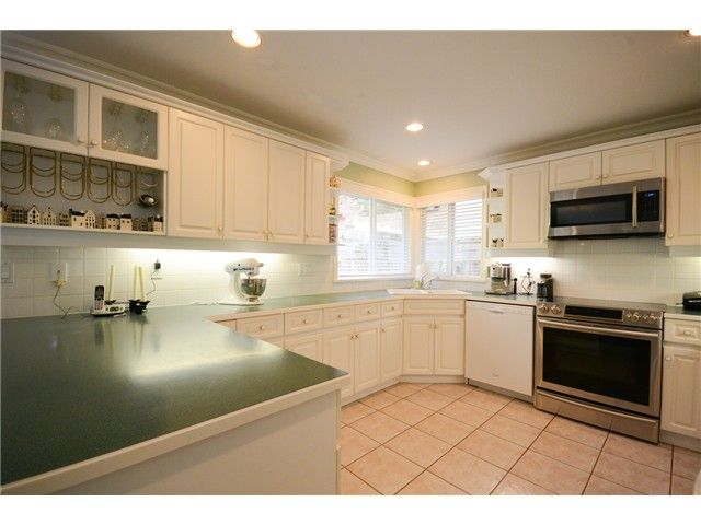 """Photo 4: Photos: 1648 SPYGLASS Crescent in Tsawwassen: Cliff Drive House for sale in """"Imperial Village"""" : MLS®# V1114197"""