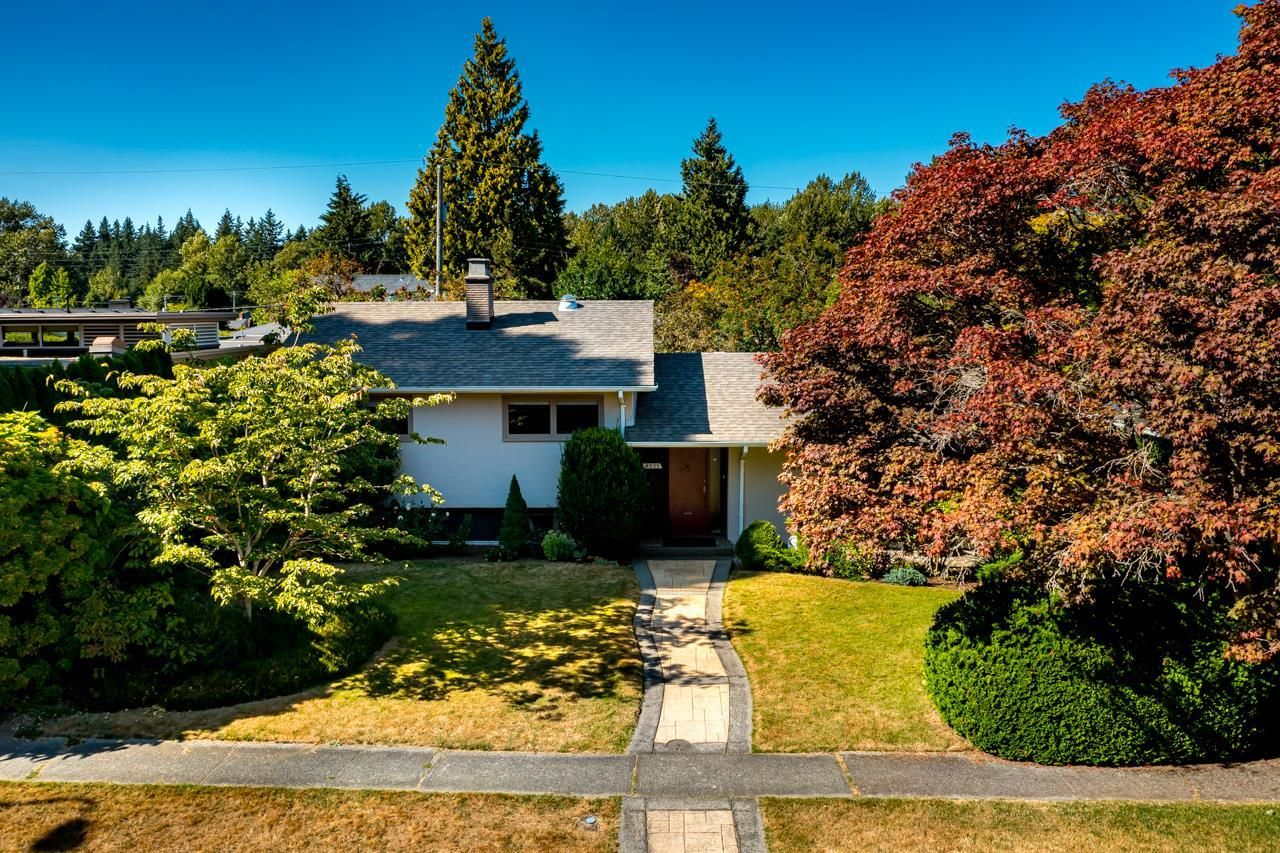"""Main Photo: 4875 COLLEGE HIGHROAD in Vancouver: University VW House for sale in """"UNIVERSITY ENDOWMENT LANDS"""" (Vancouver West)  : MLS®# R2622558"""