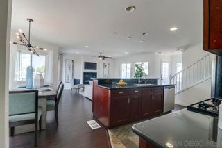 Photo 10: PACIFIC BEACH House for sale : 3 bedrooms : 1653 Chalcedony St in San Diego