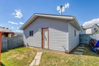 Photo 3: 38 Coverdale Way NE in Calgary: Coventry Hills Detached for sale : MLS®# A1120881