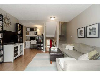 Photo 2: 279 BALMORAL Place in Port Moody: North Shore Pt Moody Townhouse for sale : MLS®# V1055065