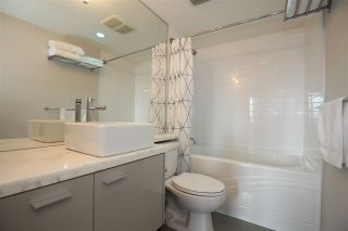 "Photo 11: 606 33 SMITHE Street in Vancouver: Yaletown Condo for sale in ""Coopers Lookout"" (Vancouver West)  : MLS®# R2440133"