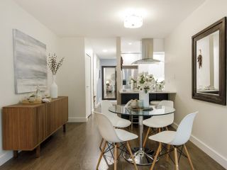 Photo 11: 2433 W 6TH Avenue in Vancouver: Kitsilano Townhouse for sale (Vancouver West)  : MLS®# R2477689