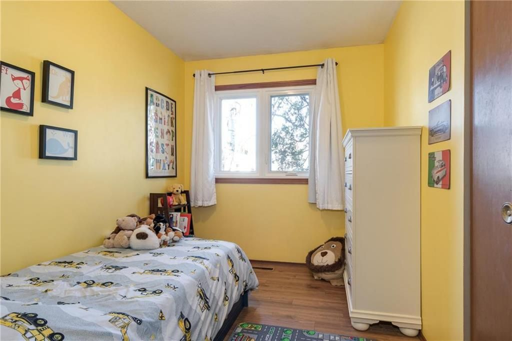 Photo 10: Photos: 34 Glenthorne Crescent in Winnipeg: Bright Oaks Residential for sale (2C)  : MLS®# 202027817