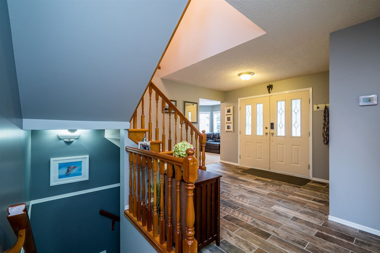 "Photo 3: Photos: 4753 NORTH MEADOW Road in Prince George: North Meadows House for sale in ""NORTH MEADOWS/NORTH NECHAKO"" (PG City North (Zone 73))  : MLS®# R2124109"