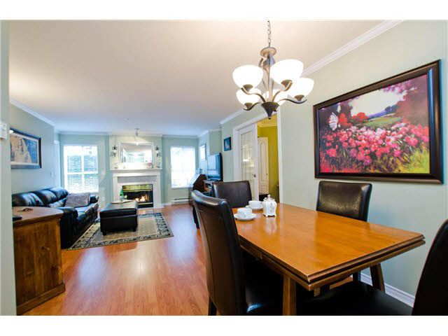 """Photo 3: Photos: 106 15272 20TH Avenue in Surrey: King George Corridor Condo for sale in """"Windsor Court"""" (South Surrey White Rock)  : MLS®# F1429895"""