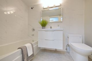 """Photo 3: 214 2255 W 8TH Avenue in Vancouver: Kitsilano Condo for sale in """"WEST WIND"""" (Vancouver West)  : MLS®# R2240375"""