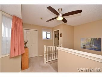 Photo 11: Photos: 3 10045 Fifth St in SIDNEY: Si Sidney North-East Row/Townhouse for sale (Sidney)  : MLS®# 595091