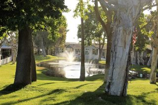 Photo 2: CARLSBAD SOUTH Manufactured Home for sale : 2 bedrooms : 7337 San Bartolo in Carlsbad