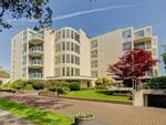 Main Photo: 4C 9851 Second St in : Si Sidney North-East Condo for sale (Sidney)  : MLS®# 866439