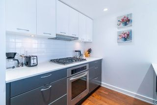 """Photo 2: 902 1372 SEYMOUR Street in Vancouver: Downtown VW Condo for sale in """"The Mark"""" (Vancouver West)  : MLS®# R2562994"""