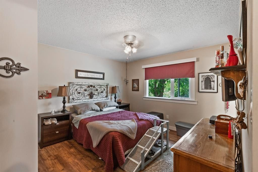 Photo 10: Photos: 1033 Smith Avenue: Crossfield Detached for sale : MLS®# A1129311