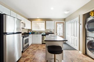 Photo 3: 472 Westgate Rd in : CR Willow Point House for sale (Campbell River)  : MLS®# 886803
