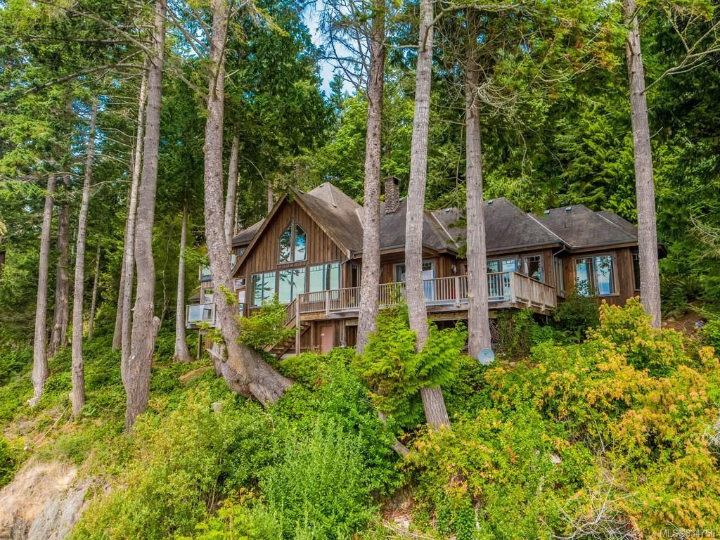 Main Photo: 10529 West Coast Rd in Sooke: Sk French Beach House for sale : MLS®# 834750