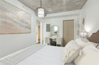 """Photo 13: 905 STATION Street in Vancouver: Strathcona Townhouse for sale in """"THE LEFT BANK"""" (Vancouver East)  : MLS®# R2529549"""