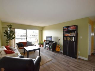 """Photo 4: 320 3080 LONSDALE Avenue in North Vancouver: Upper Lonsdale Condo for sale in """"KINGSVIEW MANOR"""" : MLS®# R2120342"""