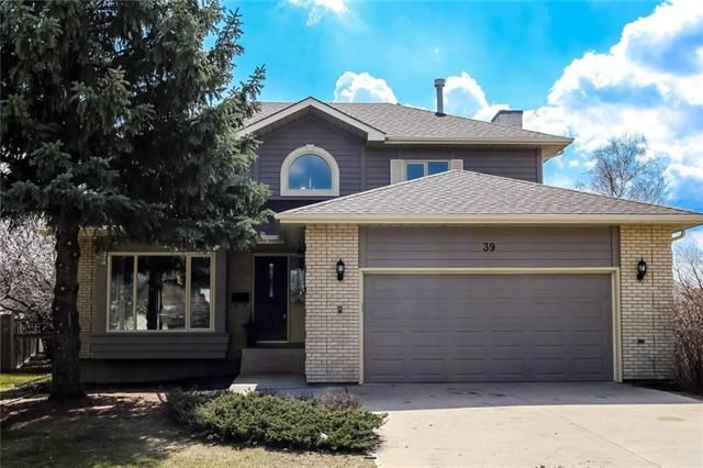 Main Photo: 39 Simsbury Place in Winnipeg: Linden Woods Residential for sale (1M)  : MLS®# 1911052
