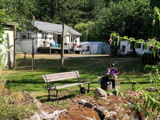 Photo 2: 1451 Beaver Point Rd in : GI Salt Spring House for sale (Gulf Islands)  : MLS®# 881599