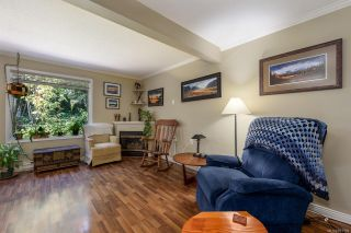 Photo 2: 5 2355 Valley View Dr in : CV Courtenay East Row/Townhouse for sale (Comox Valley)  : MLS®# 851159