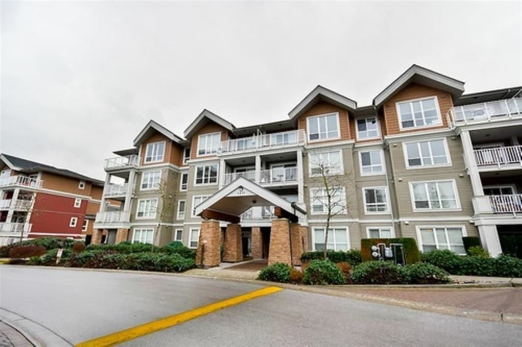 """Main Photo: 102 6430 194 Street in Surrey: Clayton Condo for sale in """"Waterstone"""" (Cloverdale)  : MLS®# R2600624"""
