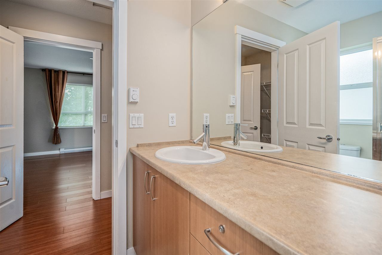 "Photo 15: Photos: 170 2729 158 Street in Surrey: Grandview Surrey Townhouse for sale in ""Kaledan"" (South Surrey White Rock)  : MLS®# R2504505"